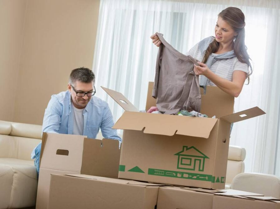How to make movers your friends or how to help your movers
